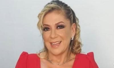 Norma Benítez Santacruz felicitó a su hija