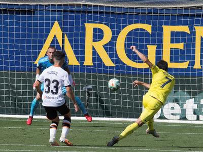 Resumen del partido Villarreal 2-0 Valencia