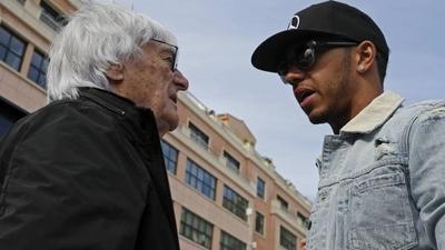 """HOY / Hamilton, """"decepcionado"""" con Ecclestone por sus comentarios sobre el racismo"""