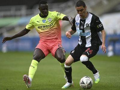 Newcastle y Almirón no pudieron con City