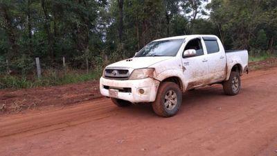 Policía halla abandonada camioneta que atropelló barrera policial en Maria Auxiliadora