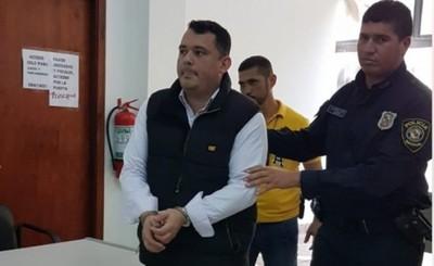 """""""Rey de la Estafa"""" consigue condena de solo cinco años en nuevo juicio"""