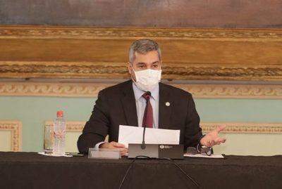 Ejecutivo presentó plan de reforma y  defendió uso correcto del dinero público