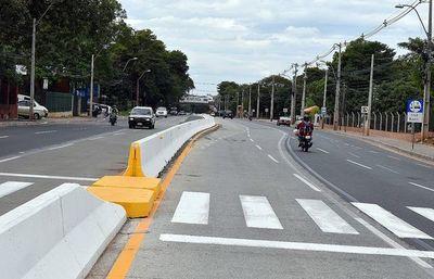 Mota Engil admite que no debieron iniciar obras del metrobús sin tener franja liberada