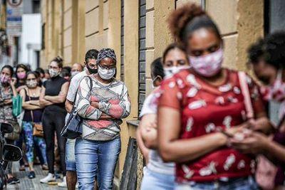 Brasil tiene 727 muertes por covid-19 en 24 horas; total es 58.385