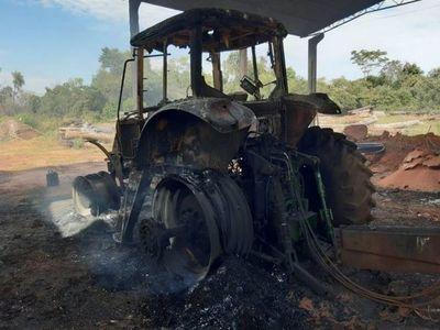Nativos queman máquinas y estancia por desmonte en bosque de Concepción
