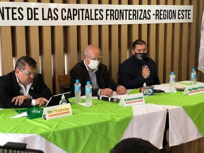Intendentes de zonas fronterizas urgen al Gobierno un plan especial