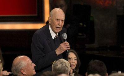 Carl Reiner, una leyenda de la comedia estadounidense, muere a los 98 años