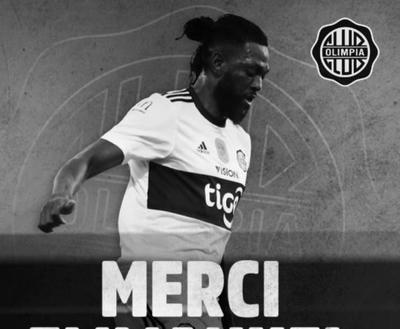 HOY / Olimpia hace oficial la salida de Emmanuel Adebayor