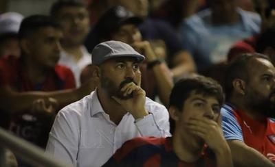 "HOY / Raúl Zapag tilda de ""poco profesional"" al representante de Sergio Díaz"
