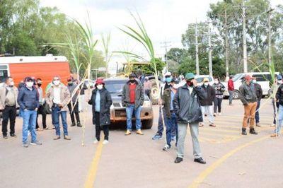 Cañicultores se movilizan para exigir fin de contrabando