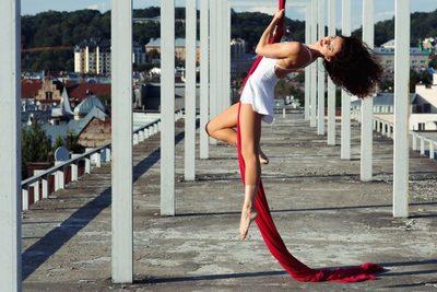 Deja volar el estrés con la acrobacia aérea