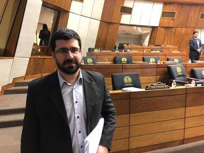 """""""Mario Abdo pintó un país inexistente, está muy alejado de la realidad"""", critica diputado"""