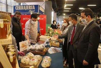 Misiones expone sus productos en Agroshoping de Asunción