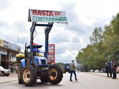 Parten hacia Asunción exigiendo cese de contrabando de azúcar