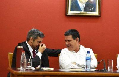 """Reunión entre Mario Abdo y Horacio Cartes """"es una de las tantas, es un trabajo político"""", afirman"""