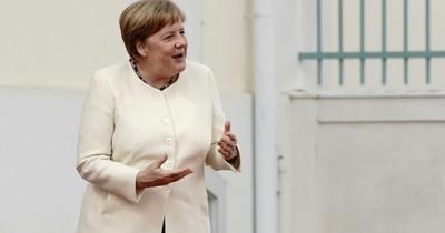 Merkel inicia su presidencia de la UE con una advertencia sobre el Brexit
