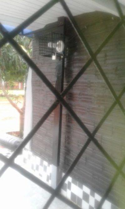 Se ingenian para asegurar focos ante ola de robos en Caaguazú