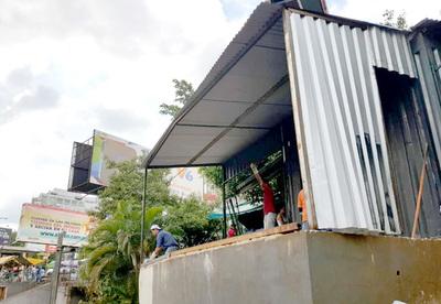 Funcionarios municipales y zacariistas siguen lucrando con venta de espacios públicos