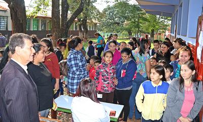 Fundación sale a los barrios con presencia real y efectiva