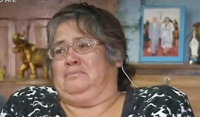 """Mujer de vídeo viral pide que le paguen derechos de autor por uso de """"VÍSTIMA"""""""