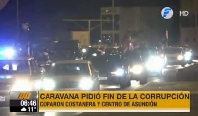 Condenan la corrupción con nueva caravana en el microcentro