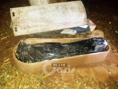 Hallan cadáver en un ataúd en una carpintería en Luque