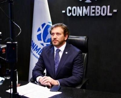 HOY / Domínguez expresa necesidad de retorno del fútbol, pero priorizando la vida