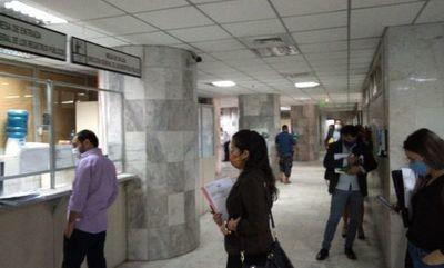 Apostar al gobierno digital para destrabar burocracia y mejorar eficiencia estatal