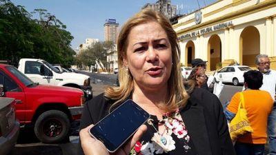 Escrachadores se movilizarán para pedir que Sandra Quiñónez dé un paso al costado