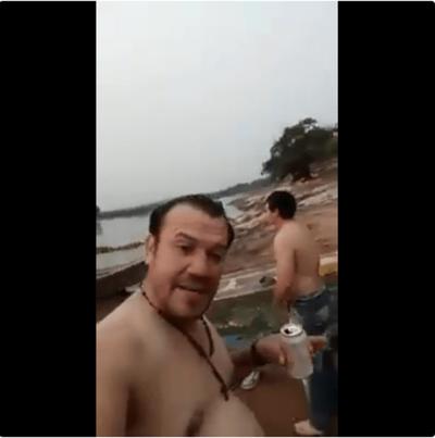 Se tiró al río por un pack de cervezas y se ahogó