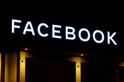 Zuckerberg se reúne con líderes de campaña contra Facebook