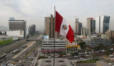 Perú proyecta una caída económica del 12,5%