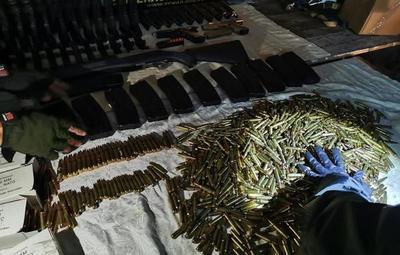 Detienen a cuatro personas con armamento militar en Luque