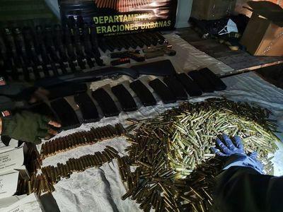Incautan arsenal en Luque, presumiblemente robado de las Fuerzas Armadas
