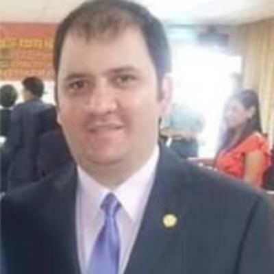 HOY / Hugo Bogado, cónsul paraguayo en Málaga, sobre el retorno al país de la madre e hija de las victimas del múltiple homicidio de Capiatá