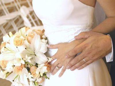 Drive-thru la nueva modalidad de bodas en Río de Janeiro
