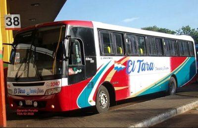 Mujer con Covid-19 viajó en bus y ahora buscan a los demás pasajeros