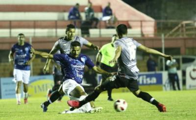 HOY / River y Guaireña empatan en el ensayo de la reanudación del campeonato