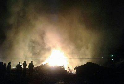 Investigan incendio que dejó un muerto en J.A. Saldívar