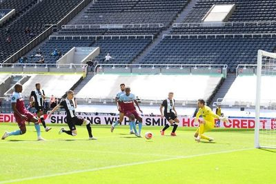 Nuevo gol de Almirón