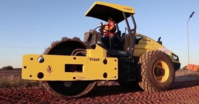 Mujer vence el prejuicio y se destaca como operadora de máquinas pesadas en el Chaco