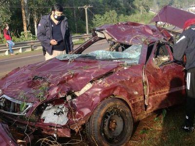 Dos fallecidos y un herido en accidente de tránsito en Itapúa