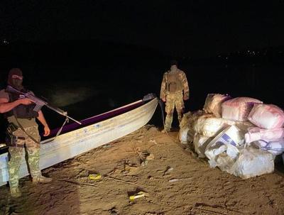 Requisan 643 kilos de marihuana en el río Paraná