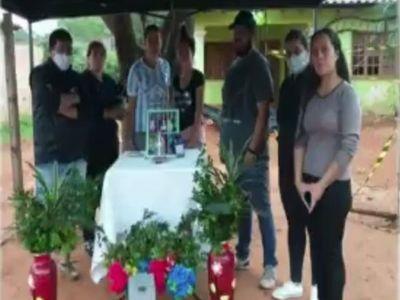 Masacre en Capiatá: vecinos limpian la casa y levantan un altar