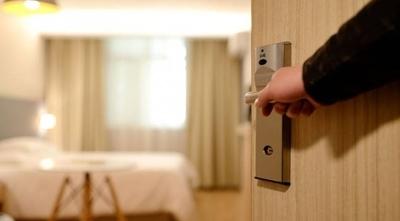 HOY / ¿Por qué no hoteles pero sí moteles? Hoteleros piden explicaciones a Salud