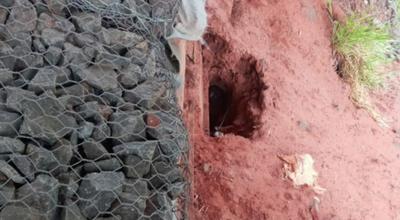 Erosión causó extraña excavación bajo puente de Tacuatí, según explosivista