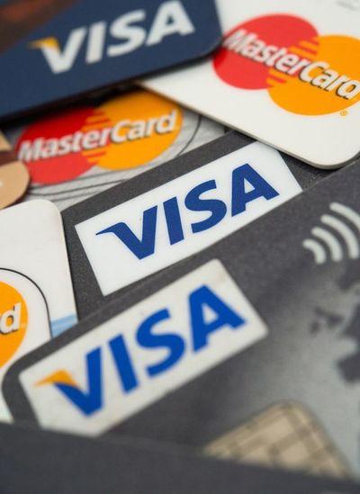La mayoría de los bancos vuelve a postergar el pago mínimo de tarjetas de crédito