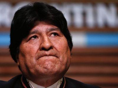 Fiscalía boliviana acusa a Evo Morales de terrorismo y pide su detención