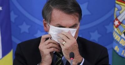 """Bolsonaro con síntomas de la """"gripezihna"""", fue sometido a la prueba del COVID-19"""
